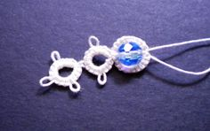 Tat-a-Renda: Bead in Split Ring With Needle