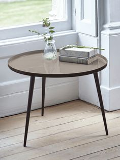 With three simple tapered black legs and a smooth enamelled top, our two metal tables are finished in a dusty mink colour. Whether bought alone for beside your bed or next to the sofa, these contemporary tables nest together to make the perfect stateme Side Tables Uk, Homeware Uk, Mink Colour, Elegant Homes, Home Living Room, White Walls, Home Accessories, Flooring, Contemporary