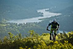 Video: Race Face Launches 2014 Men's Soft Goods Collection - Pinkbike