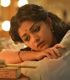 Sad... Bollywood Heroine, Bollywood Cinema, Bollywood Actress, Cute Girl Pic, Cute Girls, Indian Face, Indian Actress Gallery, Maternity Photography Poses, Sad Faces