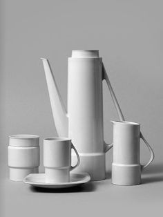design-is-fine:  Hans Theo Baumann, coffee serviceSilhouette, 1959-60. Porcelain. Made by KPM, Germany. From the book Hans-Theo Baumann, kunst & design 1950-2010.Via Arnoldsche Art Publishers.A look at the book here.