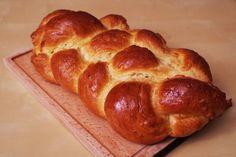 Húsvéti kalács recept Challah, Bakery, Easter, Bread, Food, Easter Activities, Eten, Bakery Business, Bakeries