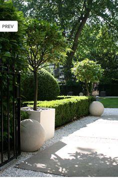 box ball  sphere driveway