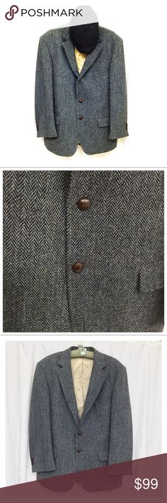 """{Orvis} Highland Tweed Sport Coat 42R Orvis Harris Tweed Jacket ✅Questions, offers thru offer button 🚫Trades, holds, $$ talk in comments plz  - Stunning blue/gray herringbone tweed  - 100% wool  - 2 outside pockets, 2 inside pockets 1 buttons 1 zips  - 3 leather-wrapped buttons, single vent  - Size 42 Regular, about 31.5"""" long from shoulder  - Retailed for $375, amazing quality  - No tears or other flaws, non-smoking Please ask ?s if unsure of anything 🙂 Orvis Suits & Blazers Sport Coats…"""