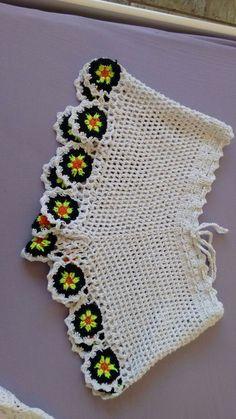 New crochet rainbow hobo high neck design festival bikini party top, 50 off Crochet Pants, Crochet Skirts, Love Crochet, Crochet Granny, Crochet Motif, Crochet Stitches, Crochet Baby, Crochet Bikini, Knit Crochet