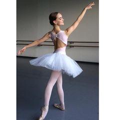 Ballet, beautiful line Ballet Wear, Ballet Tutu, Ballet Dance, Ballet Skirt, Ballet Leotards, Rose Costume, Beautiful Lines, Ballet Beautiful, Ballet Poses