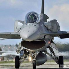 F- 16Fighting Falcon