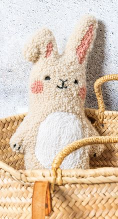 Loving gift idea for children: Punch Needle Stuffed Animal Bunny himself . Loving gift idea for children: Make Punch Needle Stuffed Animal Bunny yourself, for Punch Needle Set, Punch Needle Patterns, Hand Embroidery Patterns, Cute Stuffed Animals, Textiles, Bunny Plush, Punch Art, Rug Hooking, Lana
