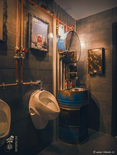 Men& bathroom: 60 decorating ideas with photos and designs - newly decorated Männerbad: 60 Deko-Ideen mit Fotos und Designs – Neu dekoration stile Bathroom with super creative industrial style - Cafe Interior Design, Cafe Design, House Design, Room Interior, Sport Bar Design, Interior Shop, Deco Restaurant, Restaurant Design, Vintage Restaurant