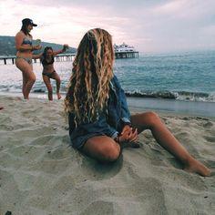 ideas hair summer beach haircuts for 2019 Beach Bum, Summer Beach, Summer Vibes, Beach Hair, Beach Blonde, Beach Towel, Sand Beach, Summer Photos, Beach Photos