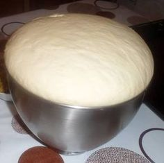 Primary dough for a number of recipes (pizza, turnovers, bread for sandwiches, donuts) Pizza Recipes, My Recipes, Cooking Recipes, Favorite Recipes, Cooking Bread, Cooking Chef, Kitchen Aid Artisan, Bread And Pastries, Snacks