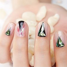 Glass Nail Art Is the Latest Korean Beauty Craze You Need to Try It's easy to feel a bit jaded when it comes to chic nail art ideas. You've seen everything from foil to glitter ombré and negative space. So we hope you Chic Nail Art, Chic Nails, Trendy Nails, Gorgeous Nails, Love Nails, How To Do Nails, Winter Nails, Spring Nails, Nail Art Designs