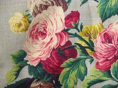 1930's Martha's Vineyard Trellis Cluster ROSES VTG Barkcloth Fabric Pillow Panel