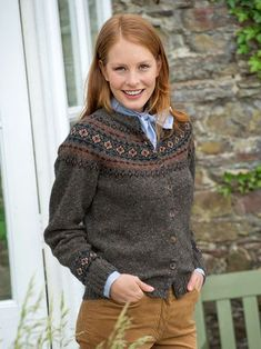 The Effective Pictures We Offer You About fair isle knittings fox A quality picture can tell you man Fair Isle Knitting Patterns, Fair Isle Pattern, Knitting Blogs, Knitting Designs, Cardigan Design, Preppy Outfits, Mantel, Knit Crochet, Sweaters For Women