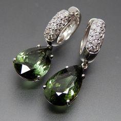 14k White Gold 0.50 Ctw Diamonds & Pear Shaped Green Tourmaline Drople – Gold Stream Boutique