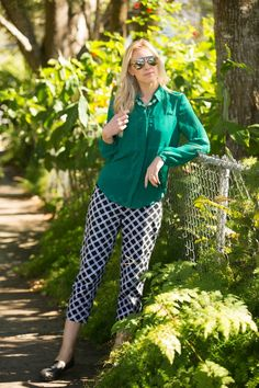 checkered pants, green chiffon blouse, black flats, chunky necklace, work outfit. http://www.kslookbook.com/2014/01/tropical-paradise.html