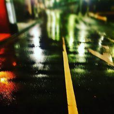 雨は夜更け過ぎに 雪へと変わるのかな #雨 #夜道 #寒い  #japan #rainyday #nightview #night #scene #street #landscape #picoftheday #instaoftheday #photooftheday