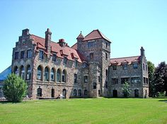 Singer Castle, another castle in the st. lawrence river