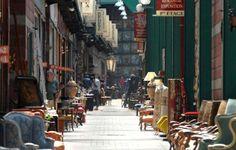 The Best Markets Around The World  http://www.housebeautiful.com/shopping/best-stores/best-global-shopping-markets-harpers-bazaar?src=spr_FBPAGE&spr_id=1451_63514761#slide-1