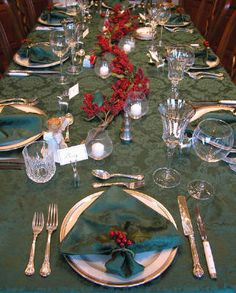 Elegant Christmas Table Linens