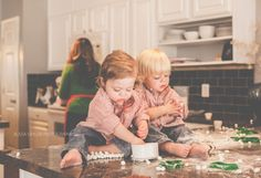 the perfectly powdered world of christmas cookies! | Alissa Saylor Photography
