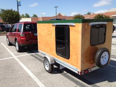 My homemade camper. Not very aerodynamic but lots of room inside to carry stuff. Cargo Trailer Camper, Small Camper Trailers, Trailer Diy, Enclosed Trailers, Tiny Camper, Trailer Build, Small Campers, Camper Caravan, Travel Trailers
