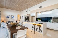 Palisade - Simonds Homes Simonds Homes, Black Kitchens, Kitchen Black, Black Wood, Beautiful Space, Kitchen Dining, Living Room Decor, Sweet Home, New Homes