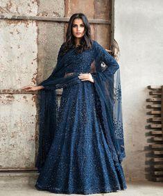 Top 15 Designer Bridal Lehenga for Wedding - Fashion Girls Indian Gowns Dresses, Indian Fashion Dresses, Dress Indian Style, Indian Designer Outfits, Bridal Dresses, Designer Dresses, Fashion Clothes, Lehenga Choli Designs, Salwar Designs