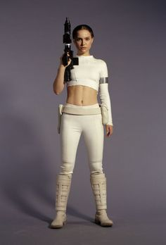 http://eepnmeep.files.wordpress.com/2014/03/natalie-portman-as-padme-amidala-in-star-wars-prequels-5.jpg