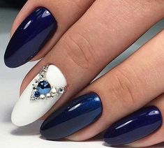 50 The Best Winter Nail Art Design Ideas Nail Nageldesign Dark Blue Nails, Blue Matte Nails, Navy Nails, Blue Glitter Nails, Bling Nails, Fall Gel Nails, Winter Nails, Autumn Nails, Navy Nail Art