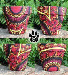 fire_mandala_painted_terr - Deco How to Crafts Flower Pot Art, Flower Pot Design, Flower Pot Crafts, Clay Pot Crafts, Ceramic Pots, Terracotta Pots, Clay Pots, Painted Plant Pots, Painted Flower Pots