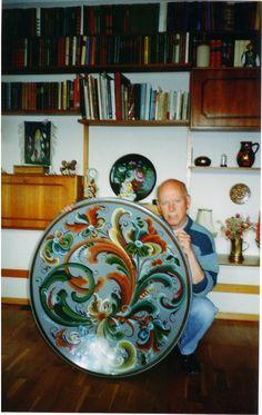 Bjørn Pettersen, a master Telemark Rosemaler from Drammen, Norway