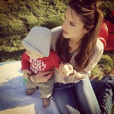 Cute Candids Celebrities Shared This Week: Alessandra Ambrosio spent some time in the sun with baby Noah Mazur.  Source: Twitter user AngelAlessandra