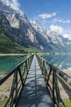 Klöntalersee, Glarus Alps, Switzerland