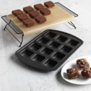 Brownie Pan. It doesn't just make brownies. This is perfect for portion control or for kid-sized products. This is a must have for everyone. $19.00 #pamperedchef.biz/jenniferpate