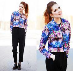Style Inspiration : Junkyard Jacket, Le Bunny Bleu Sandals, Weekday Pants, Suzywan Delux Earrings