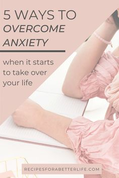 Want some tips on how to relieve anxiety and get your life back? I can understand! I went from being afraid to get out of bed to living again and found 5 methods that helped me, without taking medication! Learn how here! Anxiety Awareness, Mental Health Awareness, Health Advice, Health Blogs, Life Advice, Deal With Anxiety, Anxiety Tips, How To Get Motivated, Overcoming Anxiety