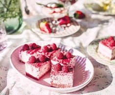 Nebeský dezert | Recepty Albert No Bake Cake, Tiramisu, Panna Cotta, Waffles, Raspberry, Cheesecake, Treats, Fruit, Breakfast