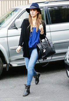Jessica Alba proves that you can never go wrong with a hat // #fashion #stylelessons