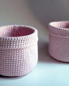 Háčkovaný košík - Ružový pastelový svetlý