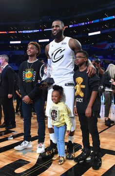 "LeBron James was named All-Star MVP for the third time in his career this past weekend at the 2018 NBA All-Star game. James handpicked his team and then carried it to victory in a win for ""Team LeBron"" over ""Team Stephen"" on Sunday. and his kids after the Girls Basketball Shoes, Basketball Is Life, Basketball Drills, Basketball Pictures, Basketball Players, James Basketball, Sports Basketball, Lebron James Family, King Lebron James"
