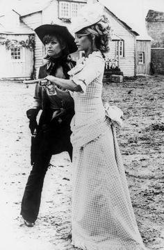 Claudia Cardinale and Brigitte Bardot, Les Pétroleuses