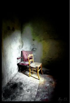 naughty chairs in hiding after been chased out of the neighbors orange orchard Abandoned Mansions, Abandoned Buildings, Abandoned Places, Abandoned Castles, State Of Decay, Dark Castle, All Falls Down, Chair Pictures, Unusual Art
