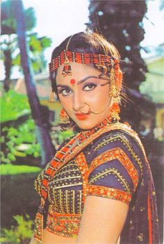 With a tradition lasting over a hundred years, Hindi cinema has seen countless highs and lows. Bollywood is not just a film industry. Beautiful Girl Indian, Most Beautiful Indian Actress, Beautiful Actresses, Bride Dress Up, Indian Bride Dresses, Classic Actresses, Hot Actresses, Indian Actresses, Madhuri Dixit Hot