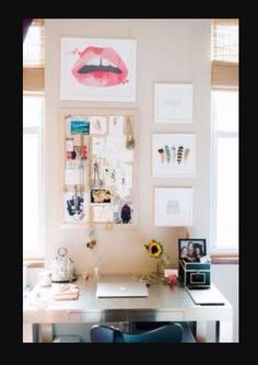 DESK INSPIRATION!!!!!! Haven't posted one of these in a while hope you enjoy