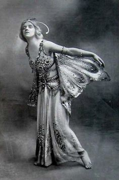 Miss Phyllis Monkman : Actress, dancer and singer. She began as a teenager, achieving success in Butterflies (1908). After many appearances in revues, notably Bubbly (1917), and Tails Up! (1918). Monkman was one of the founders in 1921 of the 'Co-Optimists' 'pierrotic' concert party, in which she appeared on and off for several years with her husband, Laddie Cliff. Noël Coward cast her in his musical play Operette (1938), and Ivor Novello wrote a part for her in The Sunshine Sisters (1933).