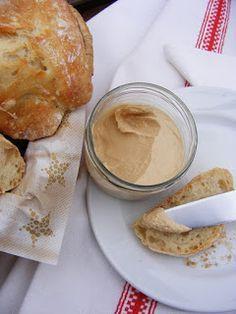 szeretetrehangoltan: Sörélesztőpehely-pástétom Peanut Butter, Diet, Healthy, Food, Turmeric, Per Diem, Meal, Eten, Get Skinny