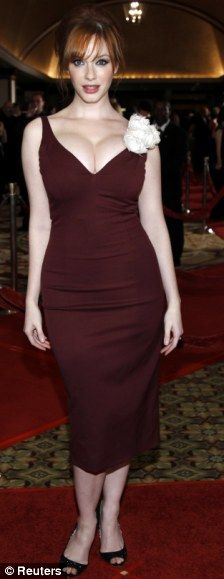 Christina Hendricks, curvy and confident. (Click for one of the best articles about women and body image that I've ever read. Written by *gasp* A MAN.)