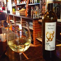 """#Vino #Albariño """"Lagar de Rubiáns"""" Un gran #vino para #disfrutar de #Galicia ;)"""