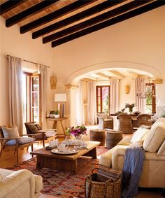 tour- A breathtaking home in Mallorca! Mix and Chic: Home tour- A breathtaking home in Mallorca!Mix and Chic: Home tour- A breathtaking home in Mallorca! Spanish Style Homes, Spanish House, Spanish Style Decor, Spanish Colonial, Spanish Style Interiors, Spanish Revival, Style At Home, Boho Glam Home, Mediterranean Home Decor